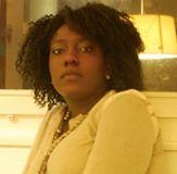 Bénédicte Kumbi est historienne et activiste. Auteure de plusieurs articles sur la question raciale et les rapports Nord-Sud